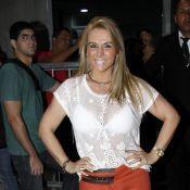 Carla Perez e Scheila Carvalho se reencontram para dançar 'É o tchan'