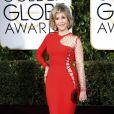 Jane Fonda mostrou que está em ótima forma aos 77 anos de idade em um Versace vermelho arrasador