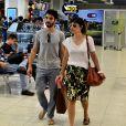 Caio Blat e Maria Ribeiro vão embora juntos do aeroporto Santos Dumont, no Rio