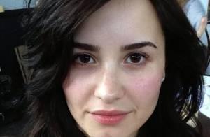 Demi Lovato posta foto sem maquiagem e encoraja fãs: 'Somos lindas'