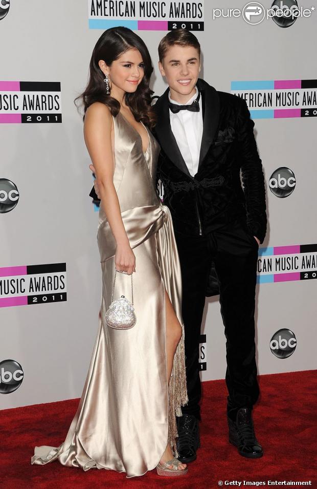 Selena Gomez não quer aparecer no novo filme de Justin Bieber, segundo informações do site 'Hollywood Life', nesta sexta-feira, 5 de abril de 2013