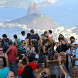 Queen Latifah faz visita ao Cristo Redentor, no Rio