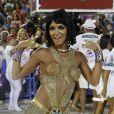 Carla Prata já chamou a atenção no ensaio técnico da União da Ilha. Imagina no dia do desfile...