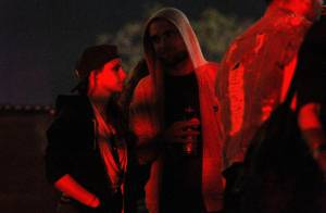 Kristen Stewart e Robert Pattinson são flagrados juntos no festival Coachella