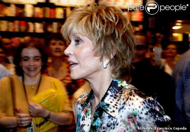 f9b6d95e4e4c1 A atriz Jane Fonda veio ao Brasil lançar seu livro, no fim de novembro de