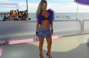 Aos 41 anos, Eliana exibe corpo escultural no Carnaval de minissaia e top
