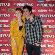 Mariana posou com o comediante Marcelo Adnet na exibição do filme 'Os Penetras', lançado em novembro do ano passado