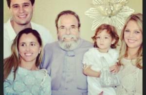 Pedro Leonardo batiza a filha, Maria Sophia, sem a presença do cantor Leonardo