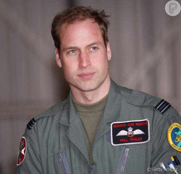 Príncipe William será piloto em helicópteros-ambulância a partir desta segunda-feira, 30 de março de 2015