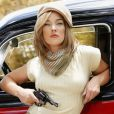 Adriana Birolli encarna vilãs clássicas do cinema para revista 'TOP Magazine'
