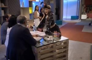 'Fantástico': Claudia Raia usa figurino sensual inspirado em musicais. 'Chocado'
