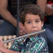 'Salve Jorge': Rodrigo Lombardi se comove com Luiz Felipe Mello tocando flauta