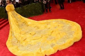 Met Gala: vestido com cauda gigante de Rihanna levou dois anos para ficar pronto