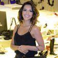 Toda de preto, Mariana Rios arrasou no look sensual e elegante