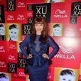 Simone Soares escolhe look royal para a festa de 50 anos da Xuxa