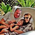 Rafaella Justus posa com os pais, Roberto Justus e Ticiane Pinheiro. A apresentadora e o empresário confirmaram a separação em 30 de maio de 2013