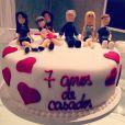 Roberto Justus e Ticiane Pinheiro comemoraram 7 anos de casados recentemente. Apresentadora até publicou uma foto do bolo, em 20 de maio de 2013, no Instagram: 'Esse bolo lindo representa a minha familinha que tanto AMO!!!'