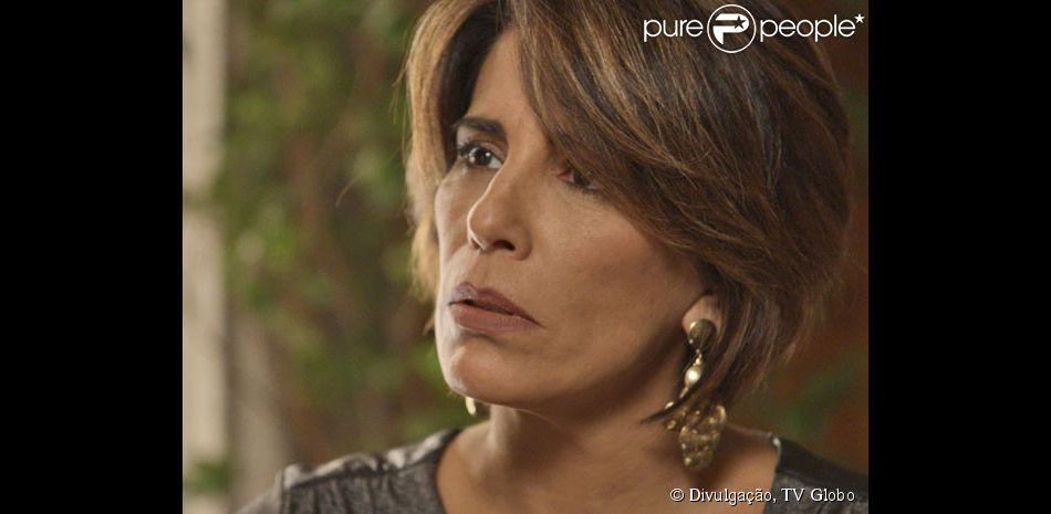 aa1c98dc8a Beatriz (Gloria Pires) é hostilizada por todos os convidados do casamento  de Diogo (