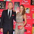 Ticiane Pinheiro e Roberto Justus posam em clima de harmonia na festa de 50 anos de Xuxa