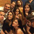 Bruna Marquezine, Caio Castro, Maria Casadevall e Caroline Abras se encontraram na casa de Tatá Werneck para uma festinha no último final de semana, 24 de maio de 2015