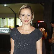 Giulia Gam desmente novo romance após fotos de jantar: 'Não estou namorando'