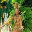 A paranaense foi rainha de bateria da escola de samba carioca Grande Rio por duas vezes. A foto foi tirada durante o desfile do Carnaval de 2007