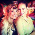 Paolla Oliveira posa para foto com Susana Vieira