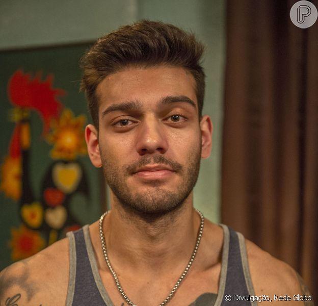 Lucas Lucco falou com bom humor sobre as cenas de beijo que vão acontecer na sua estreia nas telinhas, na nova temporada de 'Malhação'