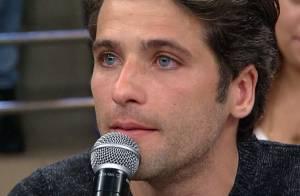 Bruno Gagliasso chora ao falar de figuras paternas em homenagem ao Dia dos Pais