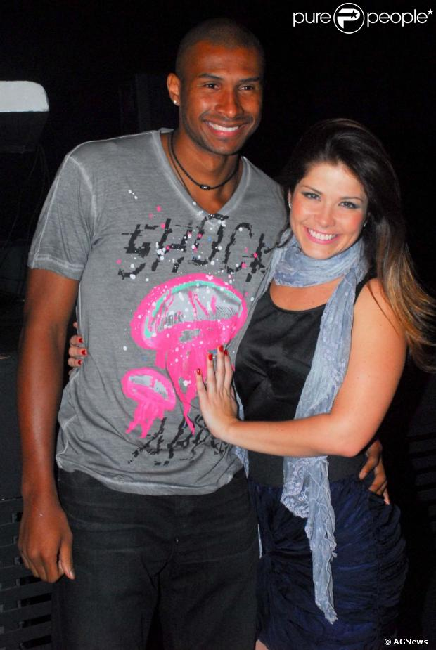 Samara Felippo e Leandrinho terminam casamento, diz o colunista Leo Dias, do jornal carioca 'O Dia', de 8 de julho de 2013
