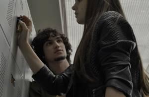 'Verdades Secretas': Gui leva tapa ao oferecer dinheiro para transar com Angel
