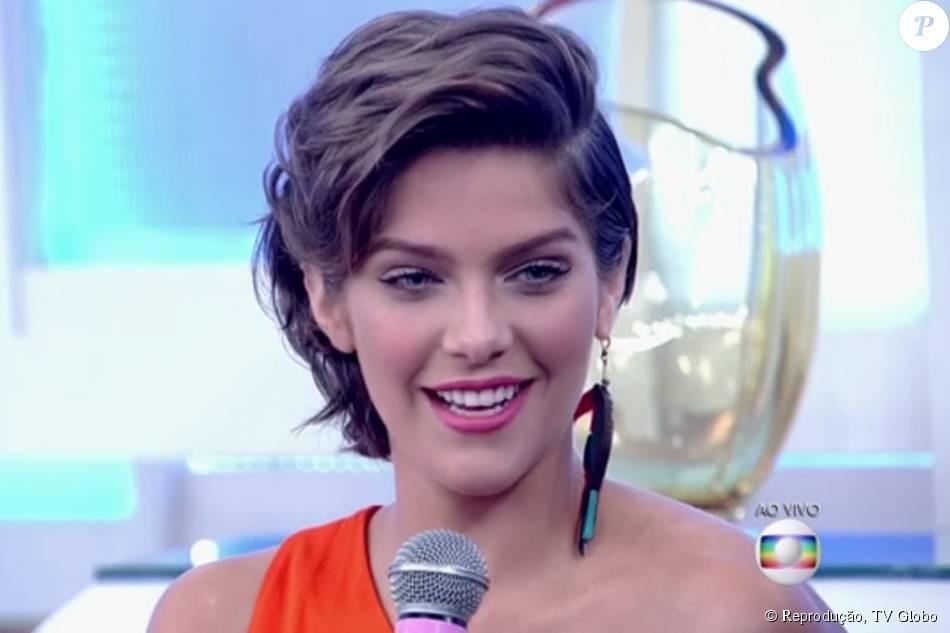 Isabella Santoni comen...