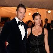 Gisele Bündchen estava com Tom Brady no voo em que babá tirou fotos com anel