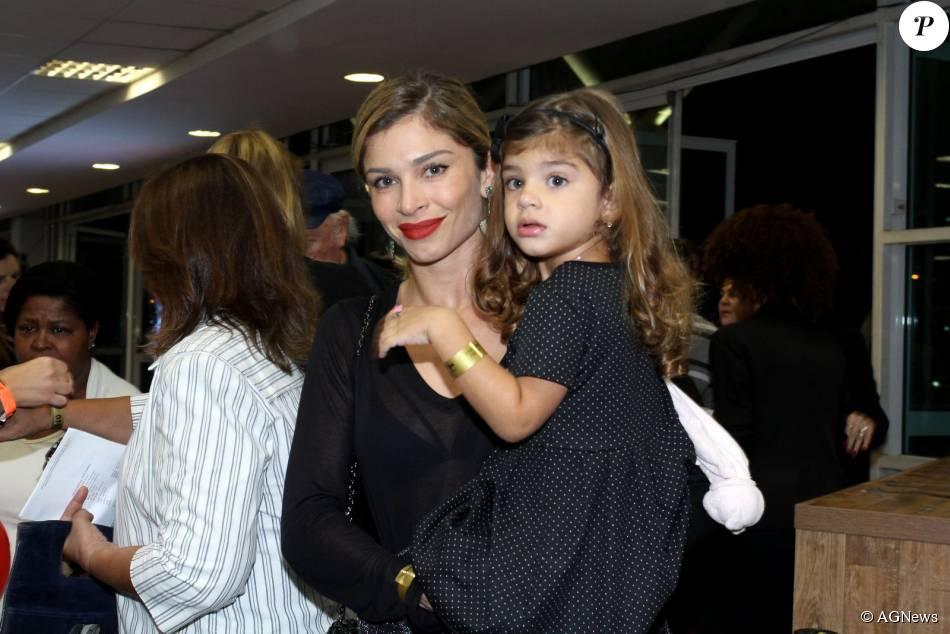 Grazi Massafera fala sobre a sua relação com a filha, Sofia, de 3 anos: 'Mãe é o anjo da guarda na Terra. É proteção, equilíbrio, paz, sabedoria. É o que a gente devia representar'