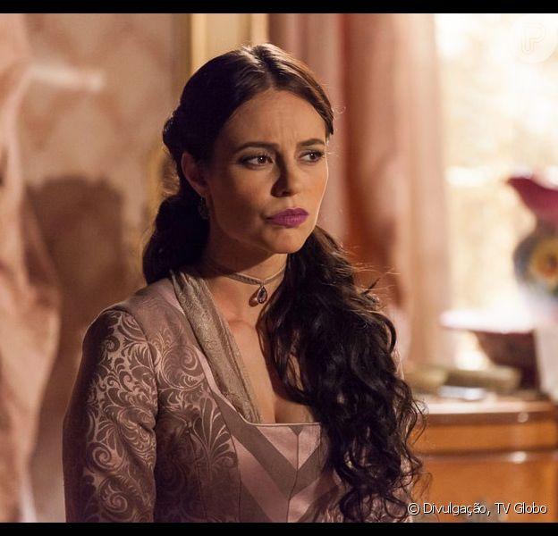 Melissa (Paolla Oliveira) desconfia do envolvimento de Felipe (Rafael Cardoso) e Lívia (Alinne Moraes), na novela 'Além do Tempo', em 31 de agosto de 2015