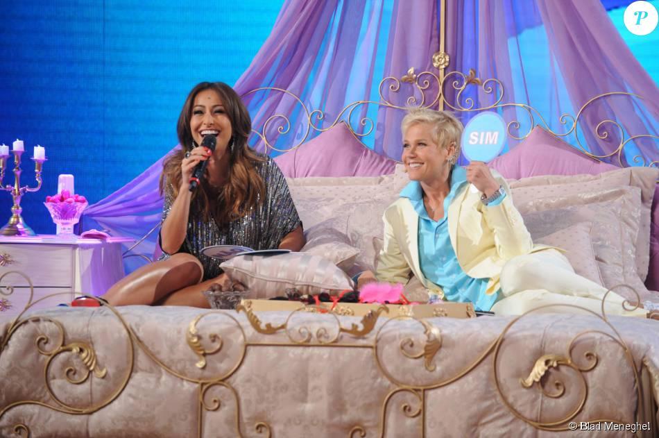 Xuxa estreou seu quadro de sexo ao lado de Sabrina Sato no programa de segunda-feira, 24 de agosto de 2015