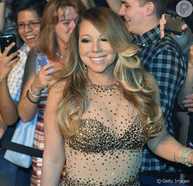 A assessoria de imprensa da cantora Mariah Carey negou sua gravidez para o jornal Daily Mirror nesta terça-feira, dia 25 de agosto de 2015