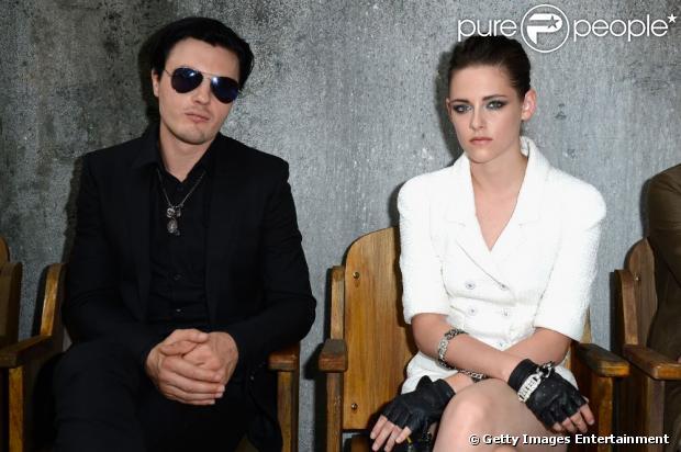 Kristen Stewart e Michael Pitt não estão namorando, em 15 de julho de 2013