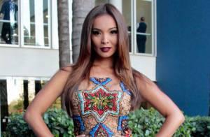 Carol Nakamura usa vestido que custa R$12 mil no 'Domingão do Faustão'