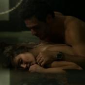 Sexo entre Angel e Alex em 'Verdades Secretas' rende elogios a Walcyr Carrasco