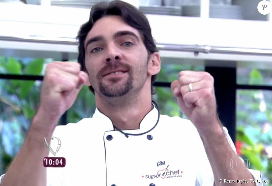 Giba desbancou Miá Mello e se tornou o terceiro finalista do 'Super Chef Celebridades', competição do 'Mais Você'