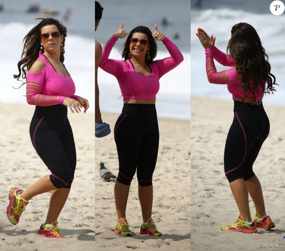 Fernanda Souza grava cenas da novela 'A Regra do Jogo' na praia de Copacabana, Zona Sul do Rio de Janeiro, nesta quinta-feira, 03 de setembro de 2015