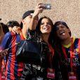 Bruna Marquezine esteve ao lado de Neymar em Barcelona quando o craque se apresentou ao time no dia 3 de junho de 2013