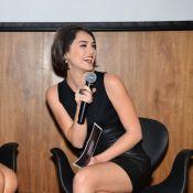 Isabelle Drummond exibe tatuagem durante evento com Bruna Marquezine em SP