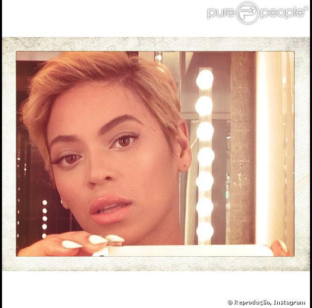 Beyoncé muda o visual radicalmente e corta o cabelo curtinho, em 8 de agosto de 2013