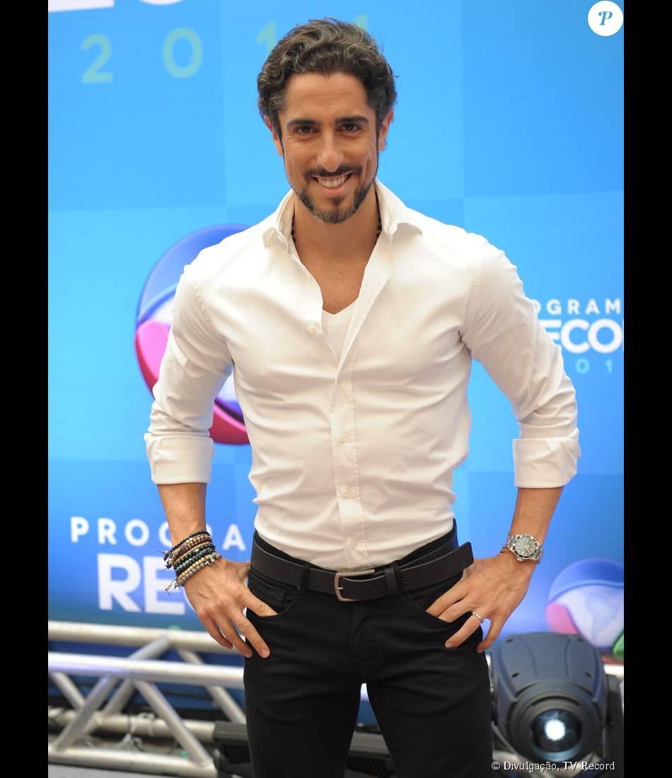 Marcos Mion vai fazer participação especial na novela 'A Terra Prometida' vivendo um rei, de acordo com o colunista Leo Dias, do jornal 'O Dia', nesta sexta-feira, 6 de novembro de 2015