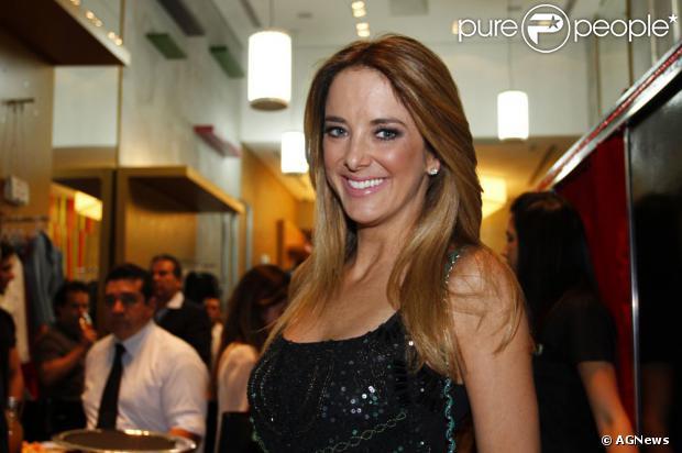 Ticiane Pinheiro pode arrumar novo namorado em quadro do 'Programa da Tarde', da TV Record. A informação é do jornal 'Diário de S. Paulo', de 13 de agosto de 2013