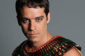 Guilherme Winter perdeu três quilos em gravações da novela 'Os Dez Mandamentos'
