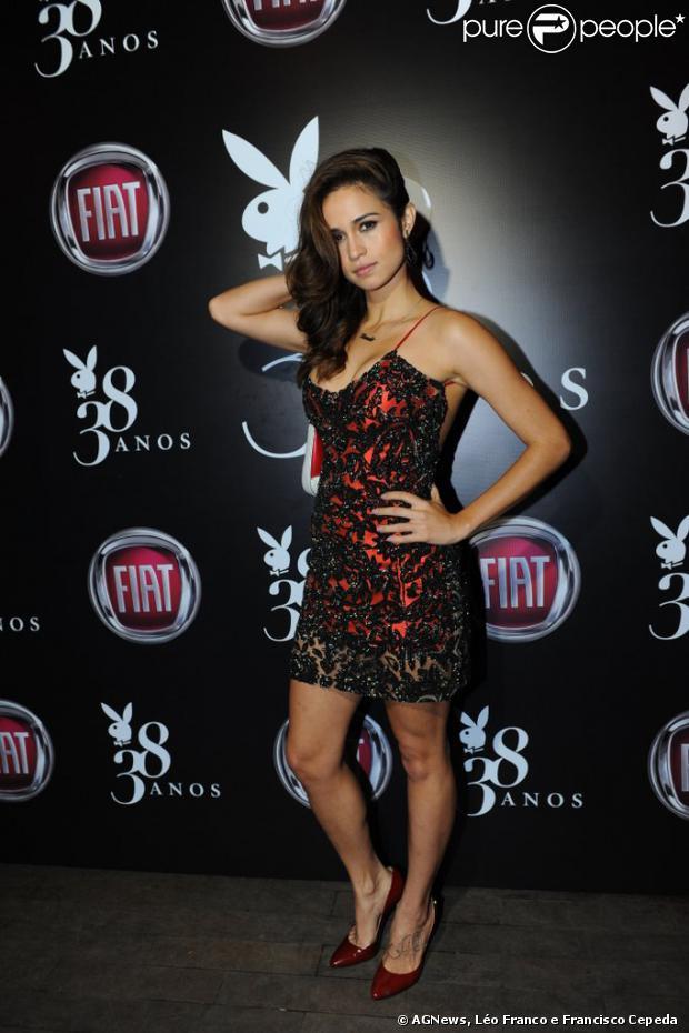 Nanda Costa posa para fotos em festa de 38 anos da revista 'Playboy', em São Paulo, em 13 de agosto de 2013