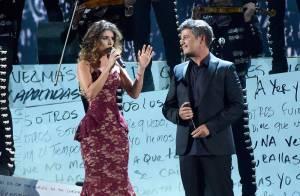 Paula Fernandes brilha em dueto com Alejandro Sanz no Grammy Latino, nos EUA